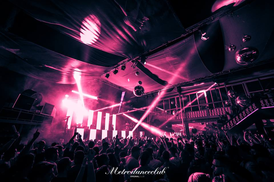 Metro-Dance-Club-Foto-600