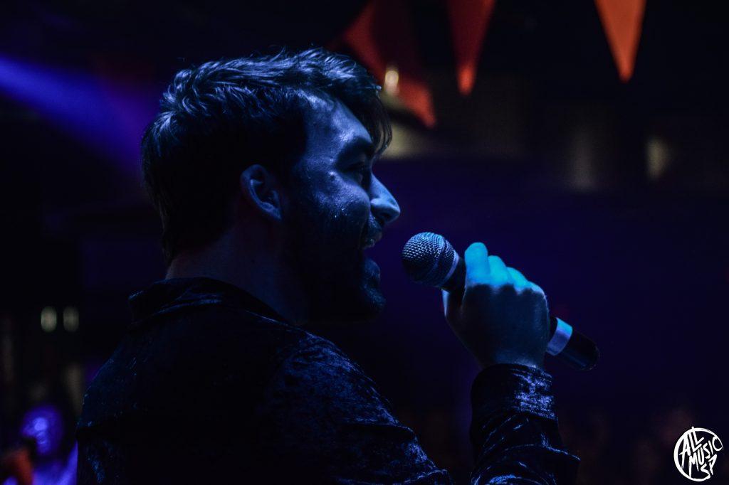 Oliver Heldens durante su actuación en el AbroadFest 2020