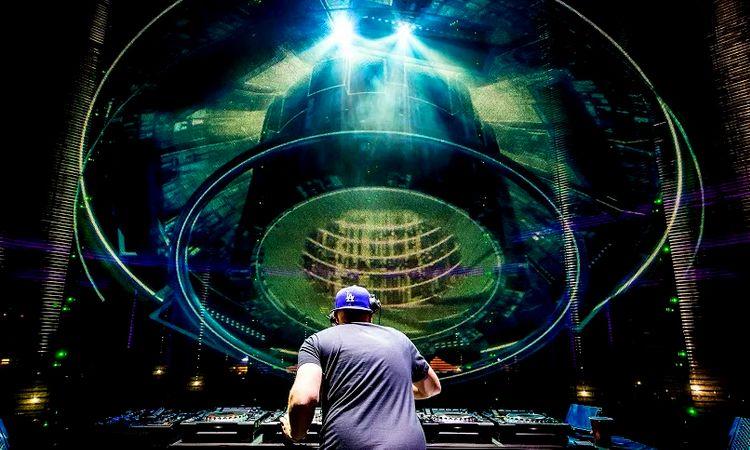 Eric Prydz anuncia el debut de su nuevo espectáculo en vivo
